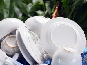 clean cups plates white