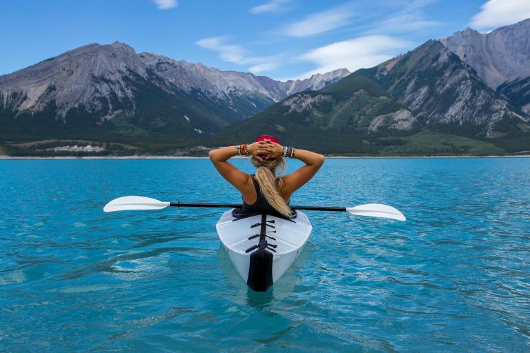 woman in canoe exercise lose weight-keep-it-off