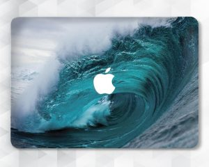 beautiful ocean wave mac case