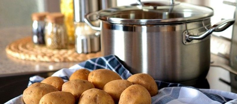 potato and pan for cooking